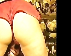 Sasha Hunt exposes her ass and boobs in public