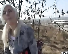 Public Pickup Girl Seduces Tourist For A Good Fuck And Dollars 10